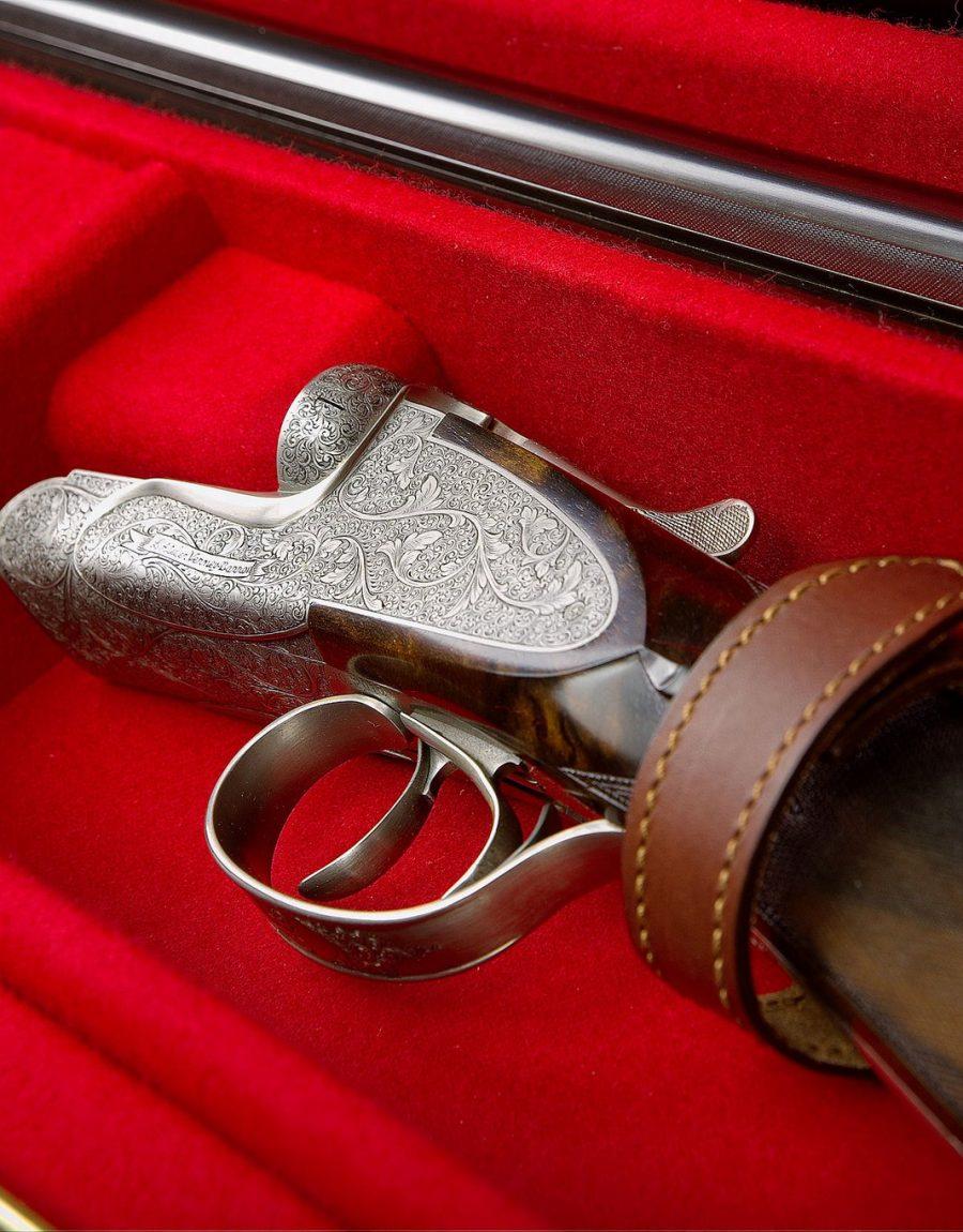 fusil avec valise